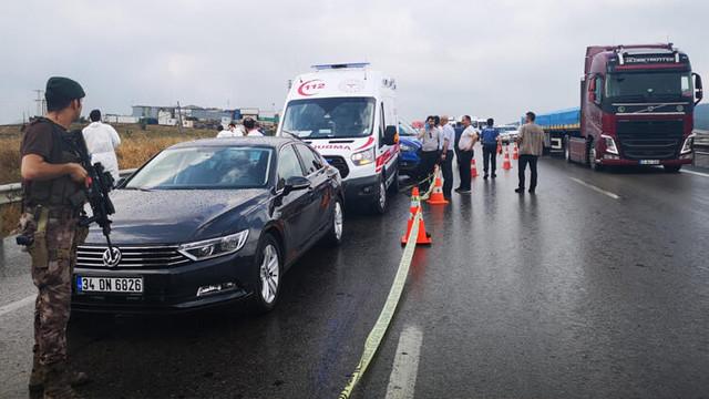 Sancaktepe'de yol ortasında kadını başından vurdu