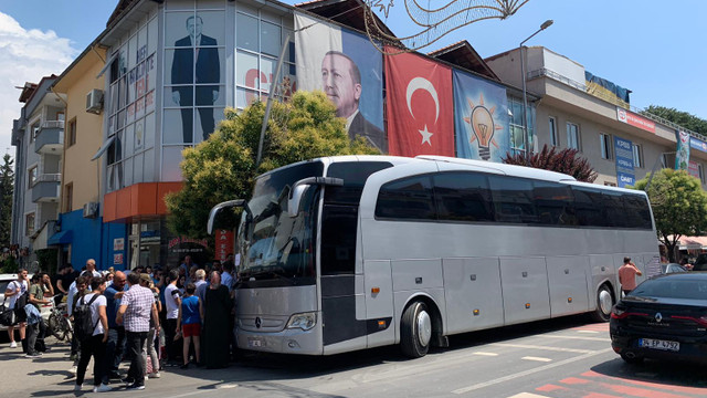 AK Parti İstanbul'a 180 bin seçmen taşımış…