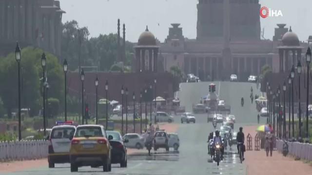 Hindistan'da termometreler 50'yi gösterdi