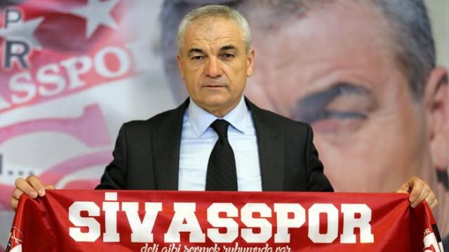 Sivasspor'da Rıza Çalımbay imzayı attı