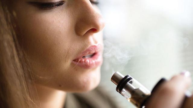 Elektronik sigara içenleri bekleyen tehlike