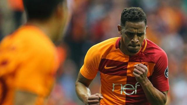 Galatasaray'da Fernando Reges ile yollar ayrıldı
