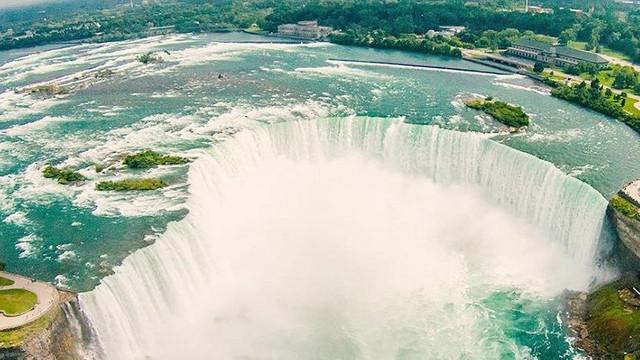 Niagara Şelalesi'nde müthiş kurtuluş
