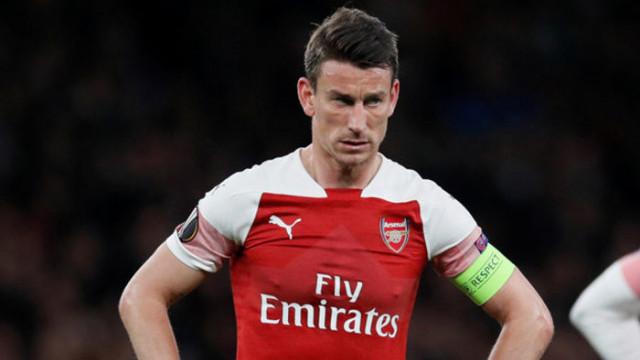 Koscielny, Arsenal'in kampına katılmadı