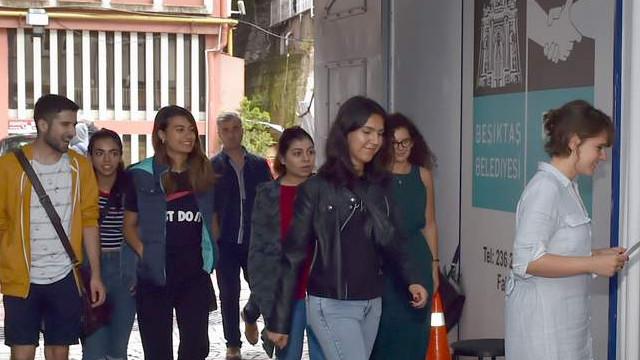 Dünya'nın dört bir yanından gönüllü gençler Beşiktaş'taydı