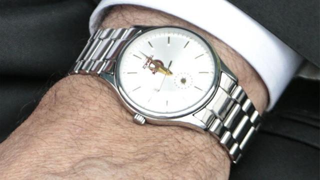 Cumhurbaşkanı Erdoğan'ın saati dikkat çekti