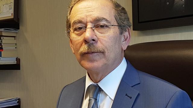 Abdüllatif Şener'den Gül ve Davutoğlu'na çağrı