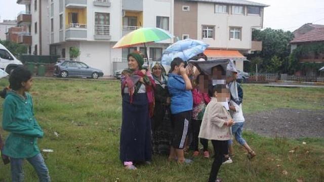 Yağmura rağmen intihar girişimini izlediler