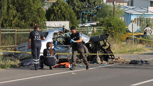 Edirne'de feci kaza: Aynı aileden 4 kişi öldü