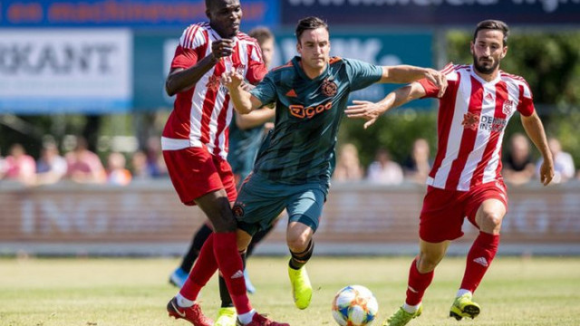 Ajax 1 - 1 Sivasspor