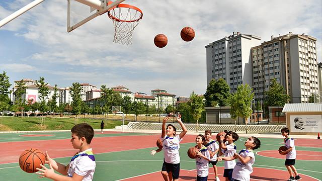 Yaz spor okulları tüm heyecanıyla Beylikdüzü'nde
