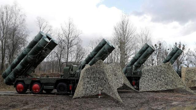 Rus basını duyurdu: S-400'ler yola çıktı!