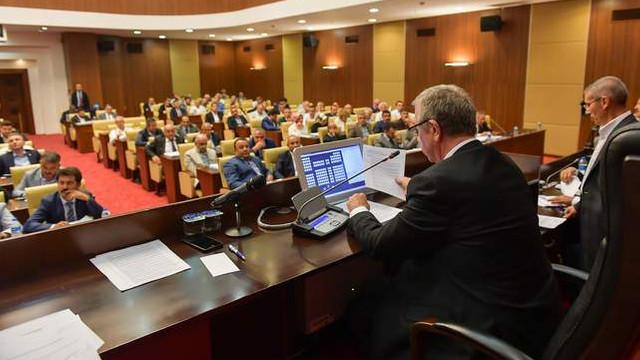 Mansur Yavaş açıkladı; belediye şirketlerini zarara uğratana dava açılacak!
