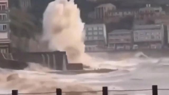 O ülkeyi ''Lekima'' tayfunu vurdu: 13 ölü, 16 kayıp