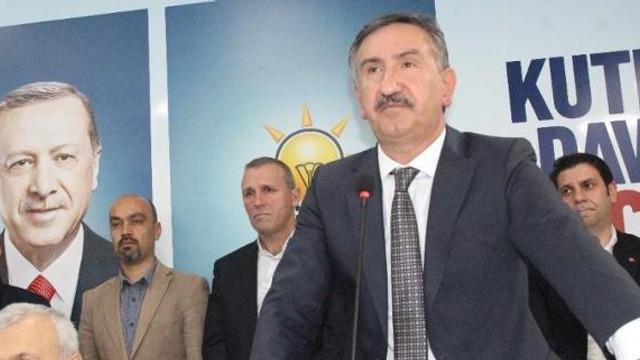 ''AK Parti'yi bitiren şu an görevde olan kişiler''
