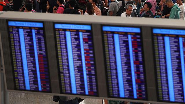 Havalimanında kaos ! Tüm uçuşlar durduruldu