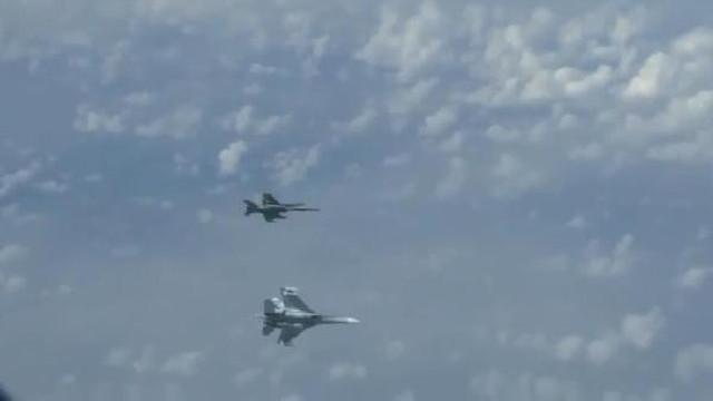 Havada tehlikeli gerilim ! Rus ve NATO jetleri karşı karşıya