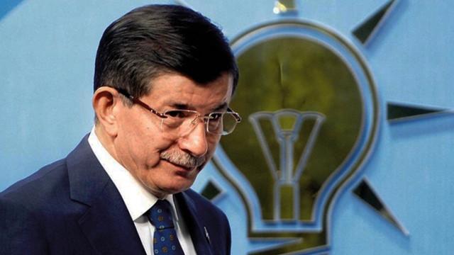 Davutoğlu'ndan AK Parti kutlaması
