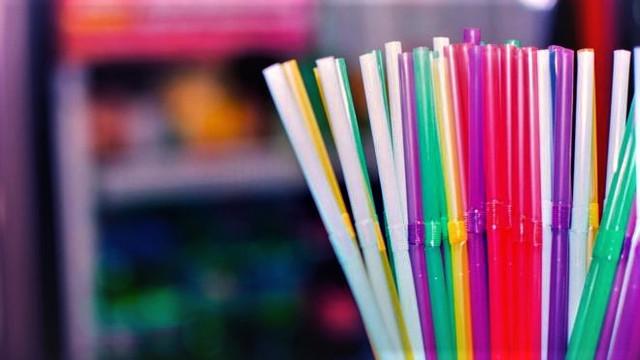 Tek kullanımlık plastiklere yasak geliyor !