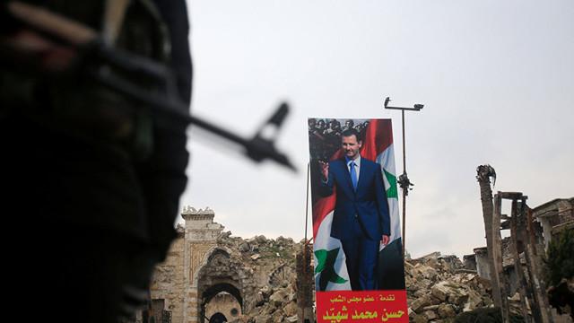Suriye ordusu, İdlib'deki Han Şeyhun'u kuşattı