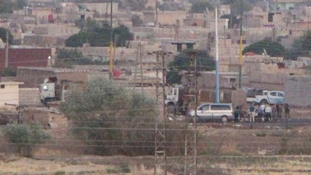 Teröristler Türkiye sınırında böyle görüntülendi