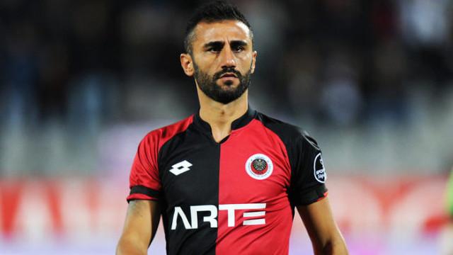 Bursaspor, Selçuk Şahin ile anlaştı