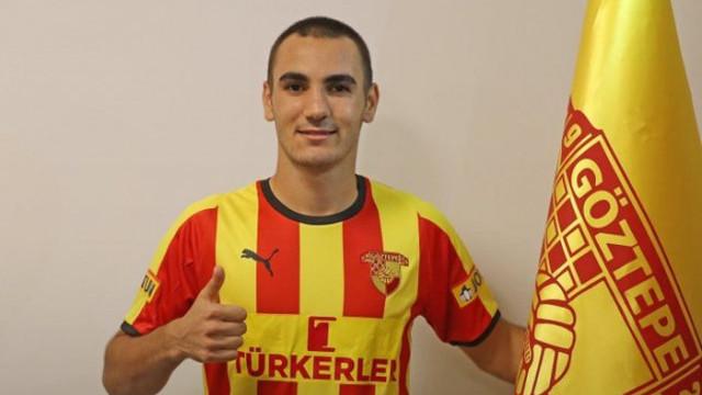 Göztepe, Yusuf Talum'la profesyonel sözleşme imzaladı