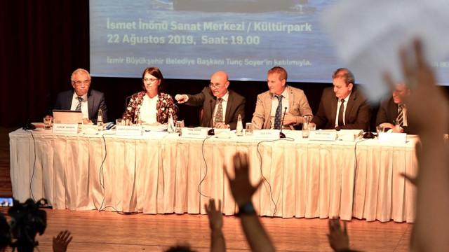 İzmir'de demokrasi şöleni! Soyer'den toplu ulaşım müjdesi