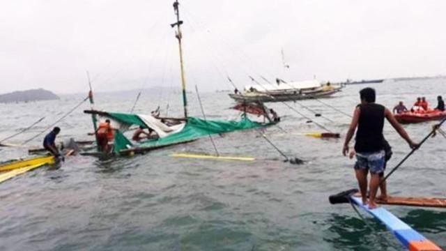 Üç tekne alabora oldu: 31 ölü