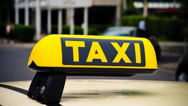 Taksici parası olmayan müşteriyi bodruma kilitledi