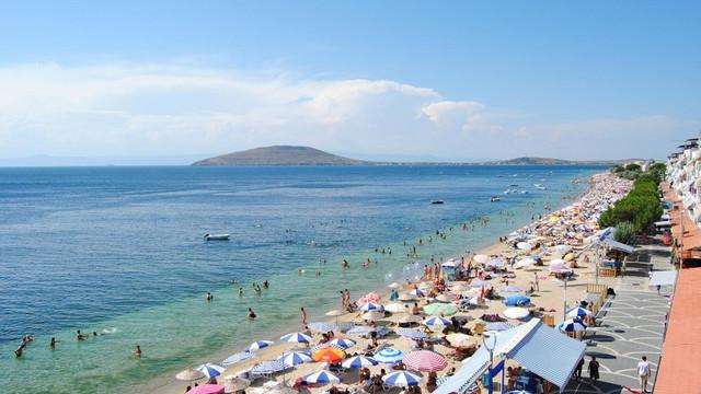İstanbul'un burnunun dibi... Tatilde nüfusu 50 katına çıkacak !