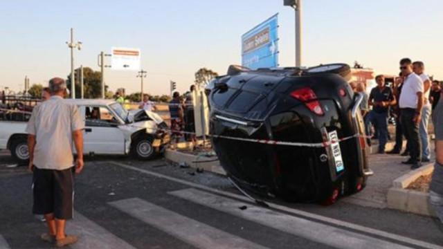 ''Çocuk sürücü'' kaza yaptı: 4'ü çocuk 10 yaralı