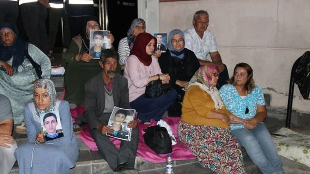 Diyarbakır'daki evlat nöbeti Kandil'de yankılandı