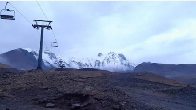 Erciyes Dağı'nda mevsimin ilk karı yağdı