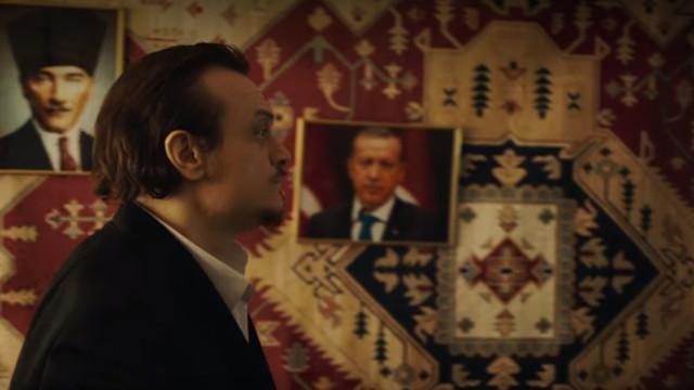 Netflix'te tartışma yaratan Erdoğan ve Atatürk sahnesi
