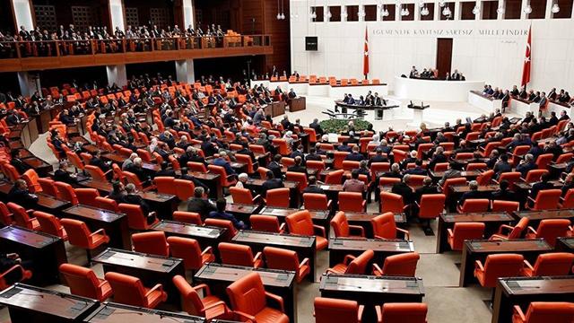 AK Parti yargı paketini MHP'ye sundu; sırada CHP ve İYİ Parti var