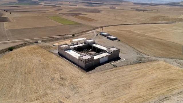 Sivas'ta inşa edilen gizemli kalenin asıl amacı duyanları şaşırtıyor
