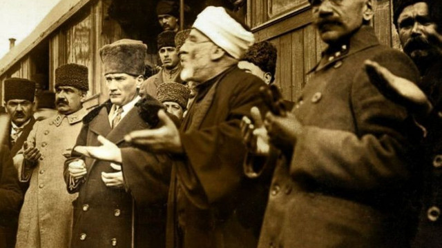 Atatürk Kur'an'ı yasaklattı iddialarına belgeli yalanlama