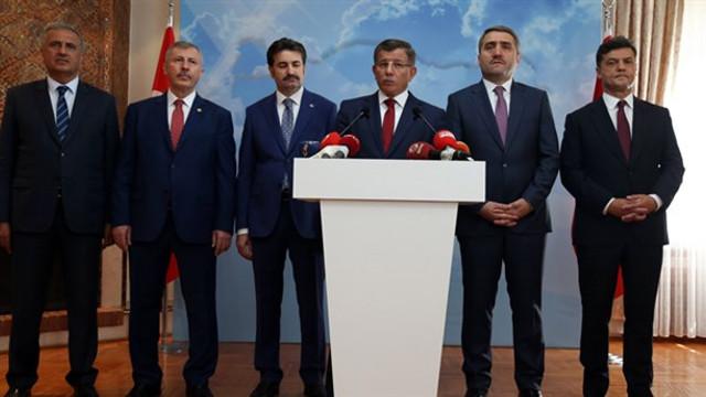 Davutoğlu ekibinden açıklama: ''En fazla oyu AK Parti'den alıyoruz''