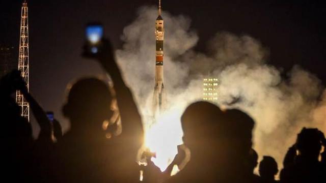 Soyuz MS-15 uzay aracı fırlatıldı