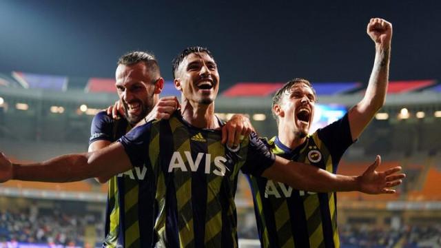 Fenerbahçe'nin yeni sol beki Nabil Dirar