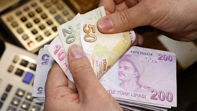 Öğretmenlere 1.180 lira ödeme ! 9 Eylül'de hesaplarda