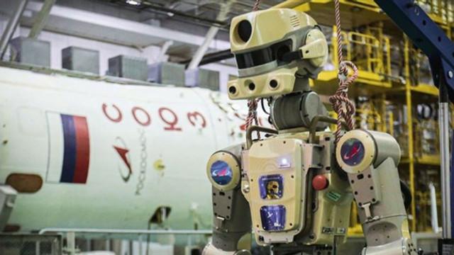 Uzaya gönderilen insansız robot Dünya'ya döndü