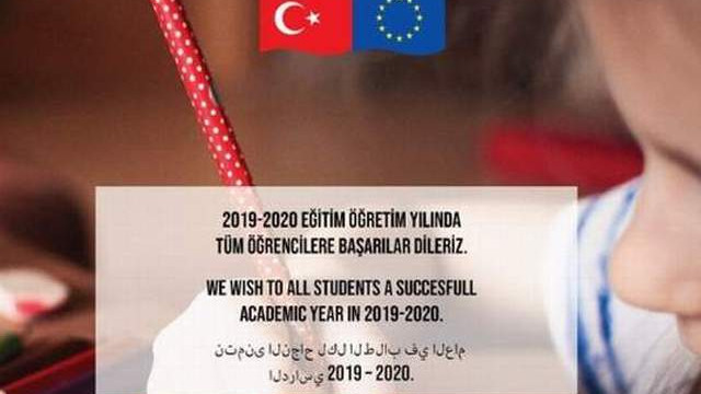 Türkçe'nin ikinci resmi dilini Arapça yaptılar!