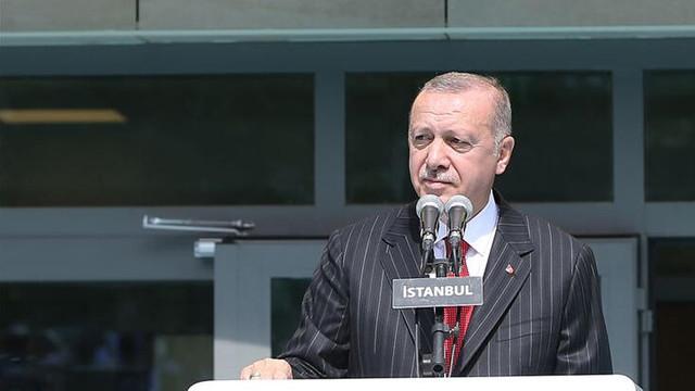 Erdoğan'dan öğrencilere uyarı: Buna izin vermeyin