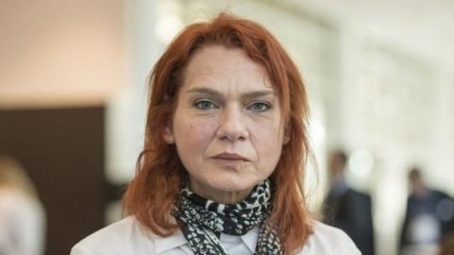 Özgür Gündem davasında yazar Aslı Erdoğan'ın hapsi istendi