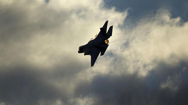 Önce Irak ardından Suriye... Askeri üsse füze saldırısı
