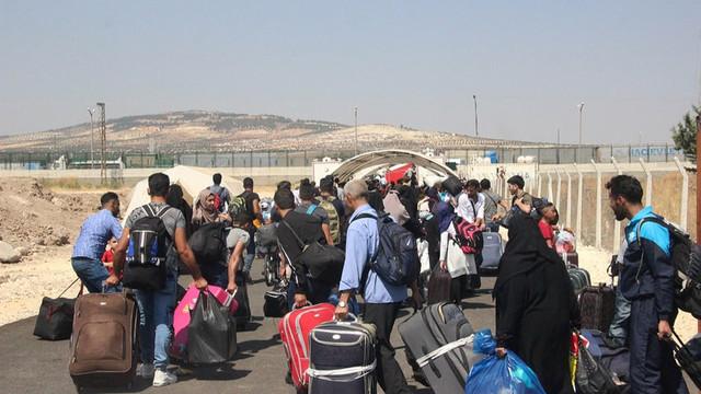 Birleşmiş Milletler'den Türkiye açıklaması: 350 bin Suriyeli sınara dayandı