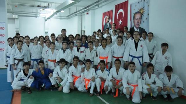 Okul Sporları Yıldızlar Ligi Judo İl Seçmeleri yapıldı