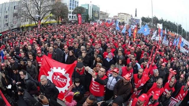 Binlerce işçi greve hazırlanıyor!